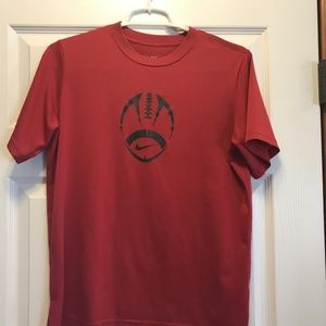 Boys Nike Football tee - size Large - in EUC!
